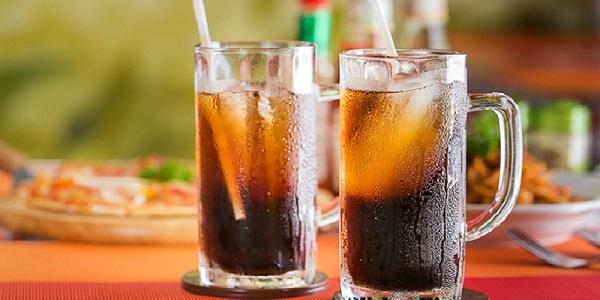 Người bệnh cần kiêng các loại đồ uống có ga