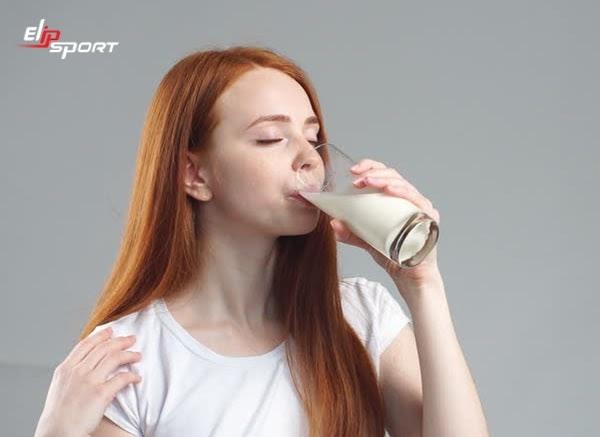 Uống sữa đúng cách giúp giảm cân