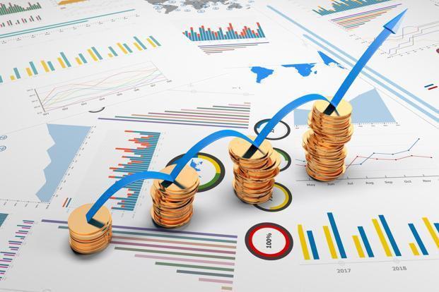 So sánh quỹ chỉ số và quỹ hỗ tương